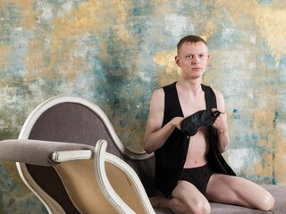 AndyBlond naked
